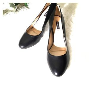 Alex Marie heels 8 M